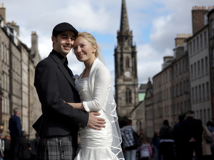 Bride and Groom on the Royal Mile in Edinburgh