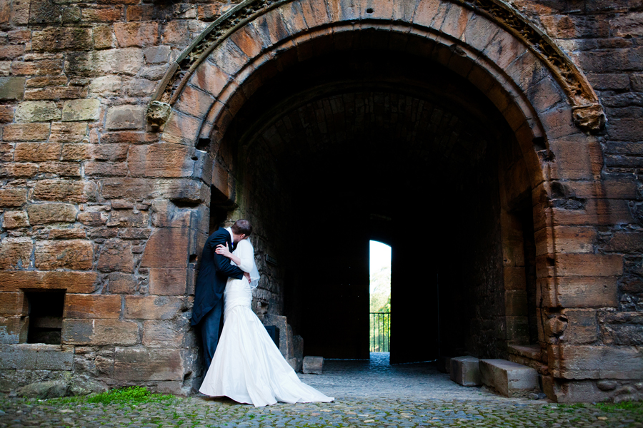 Wedding photography at Linlithgow Palace