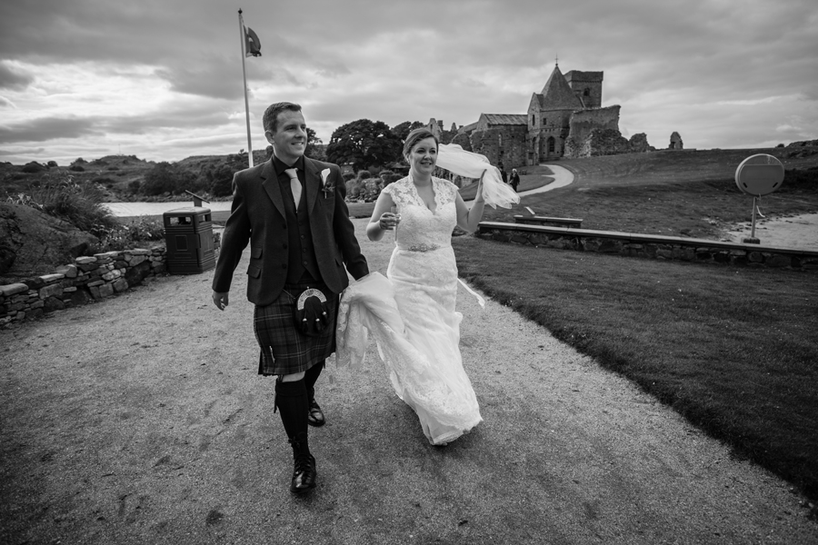 Happy couple leaving the Inchcolm Island