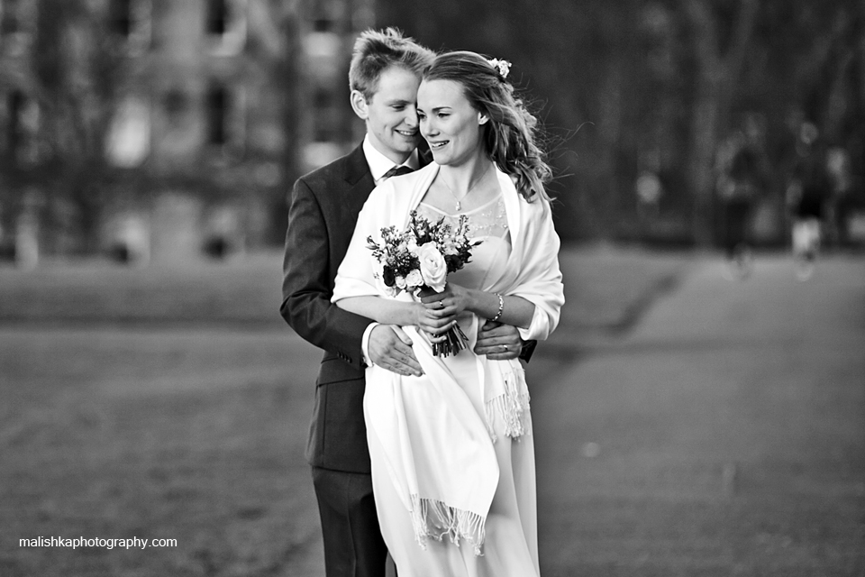 Bride and groom portraits at the meadows in Edinburgh