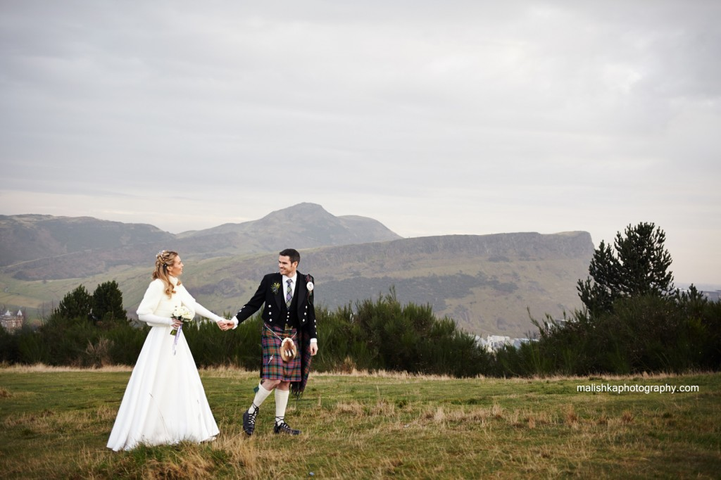 Stunning wedding photos at Calton Hill in Edinburgh