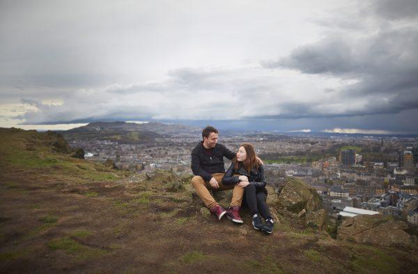 Couple photo session in the Edinburgh hills