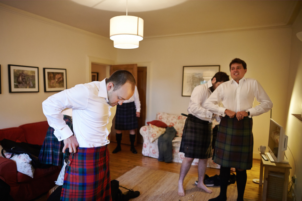 Groomsmen getting ready in Edinburgh