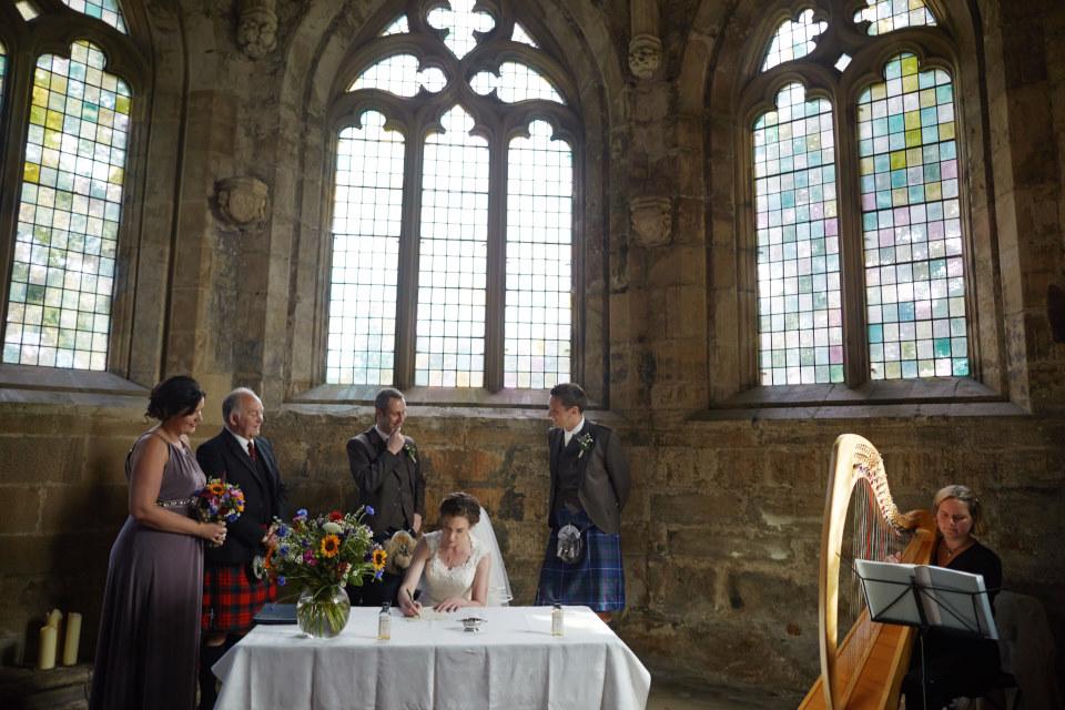 reportage Scotland wedding photographer